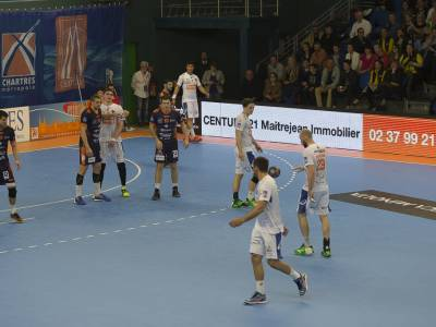 J21 : CHARTRES 27 -33 MONTPELLIER